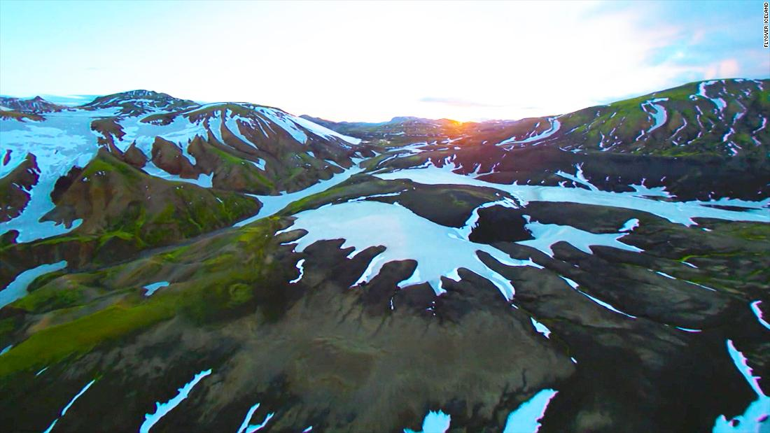 For dramatic Iceland scenes, thank this daring helicopter pilot