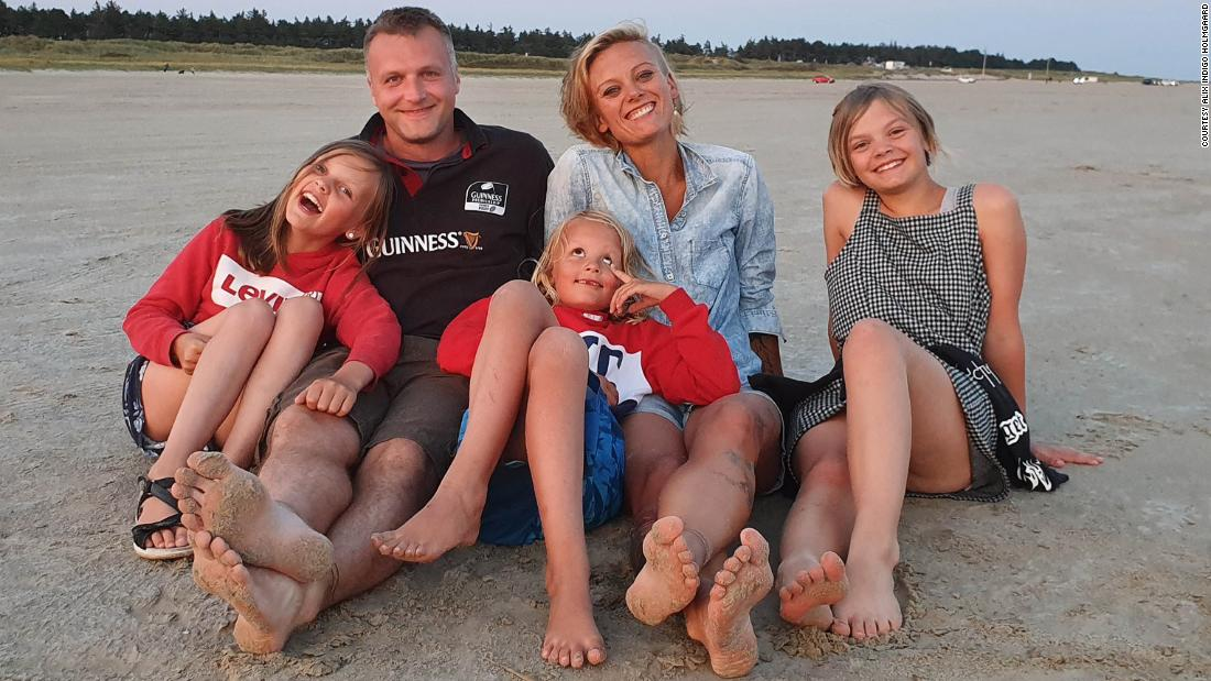 The desperate families still torn apart by Covid rules